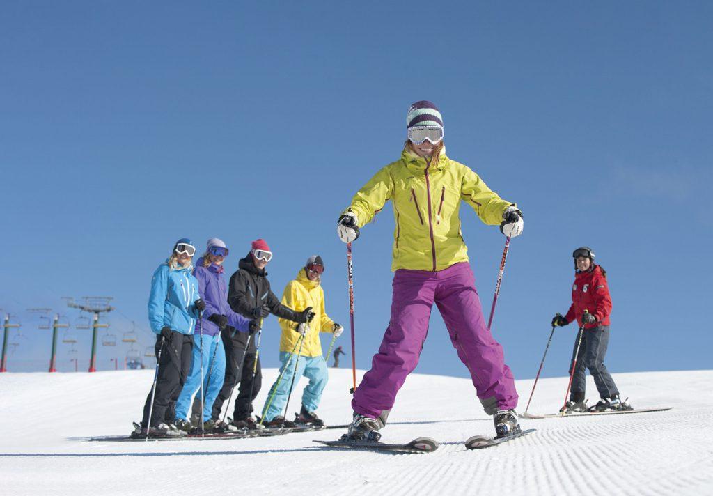 Group ski lesson adults